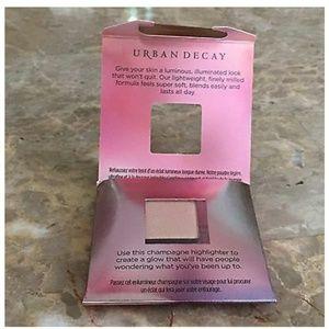 Urban Decay Makeup - Urban Decay Afterglow Powder + Cosmetic Bag 😍💖